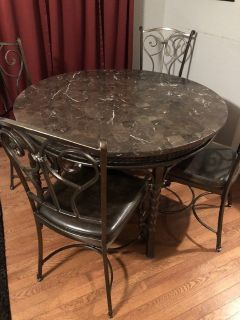 Dining Table w/4 Chairs & Side/Buffet Table