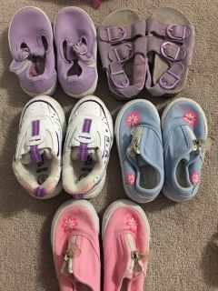 Size 5 toddler shoe and sandals