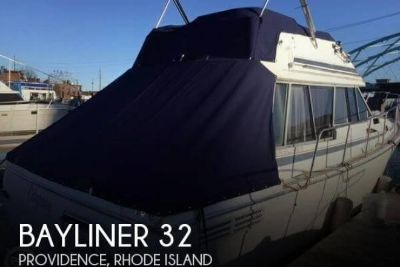 1987 Bayliner 32