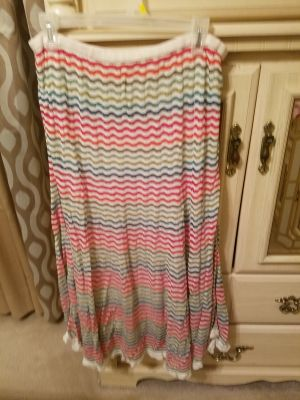 Long pretty Skirt in great condition