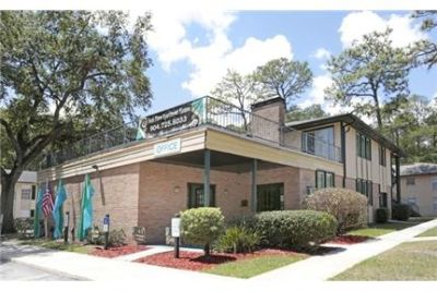 1 bedroom - Park Apartments Jacksonville. Parking Available!