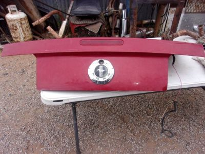 2007 Ford Mustang Trunk Lid with Emblem