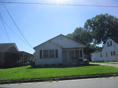 2 Bed 1 Bath Preforeclosure Property in Winterville, NC 28590 - Grimes St