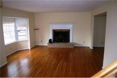 CITY-BRICK Dplex UVA perfect Fireplace, hardwood flours, Separate Laundry Room