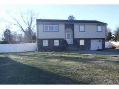 3 Bed 2 Bath Foreclosure Property in Lincoln Park, NJ 07035 - Grove St