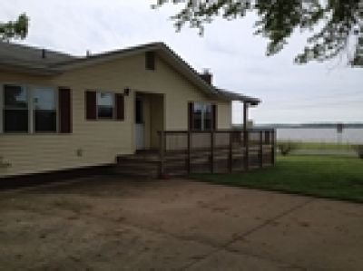Waterfront one Level 3 bedroom and 2 Bathroom Home