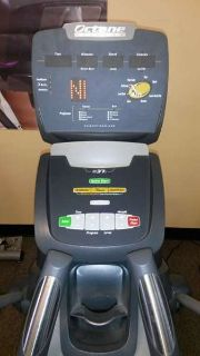 Octane Q37c Elliptical