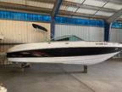 2004 Chaparral 220 SSi