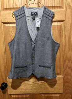 New with Tag. Retail $42.95. Buckle (store) Black/Grey Vest with 3 front pockets. Size Large Athletic Fit.