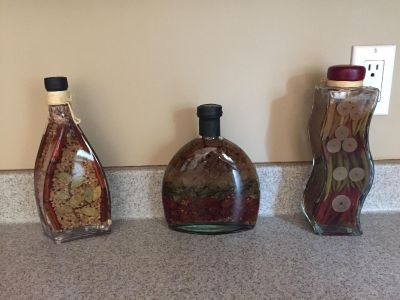 MOVING! -Kitchen Decor $10 ALL or $3.00 each