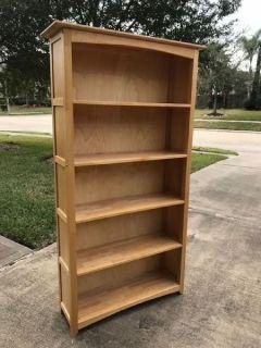 Matching: desk, dresser & 2 book shelves