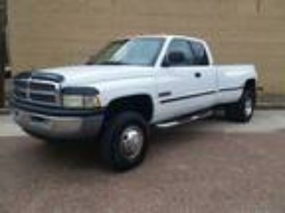 Used 1999 Dodge RAM 3500 for sale.