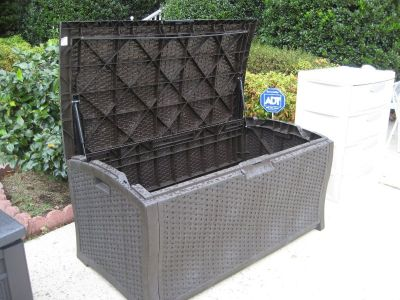 "Suncast 52"" 122-Gallon Resin Wicker Deck Box"
