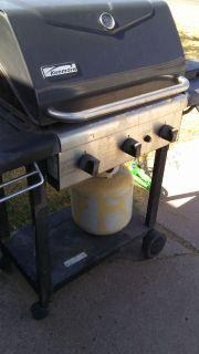 Propane grill w tank