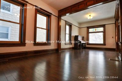 Massive 5 Bedroom Home in the Historic District with a fenced yard!