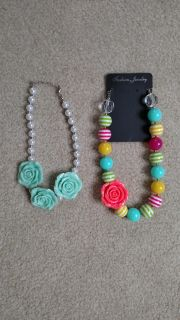 Kids chunky necklaces