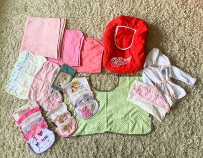 BRAND NEW - Sling, Burp clothes, Breastfeeding Cover, and Excellent Condition Baby Items