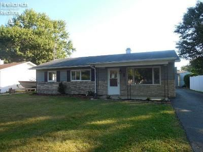 3 Bed 1.5 Bath Foreclosure Property in Tiffin, OH 44883 - Gary Ln