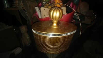 OLD GOLD HEAVY DECOR IN MINT CONDITION