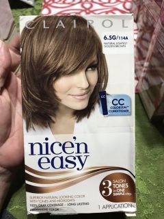 Clairol Nice n Easy 6.5G/114A Natural slightest Golden Brown Hair Color. Box damaged/ contents fine.