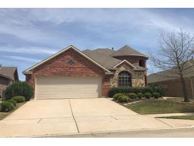 3 Bed 3 Bath Preforeclosure Property in Fort Worth, TX 76177 - Flowing Springs Dr