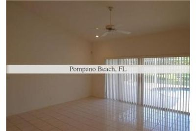 House, 9,409 sq. ft. $2,900/mo - come and see this one. Washer/Dryer Hookups!