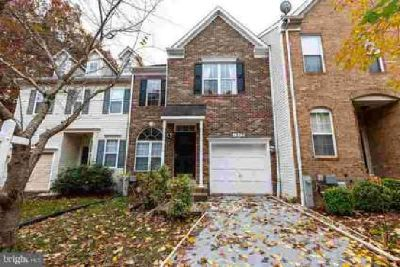 12113 Quilt Patch Ln Bowie Three BR, Updated townhouse ready for