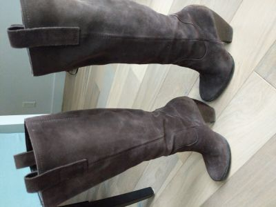 Naturalizer 6.5 Suede Boots real leather, $35 or trade