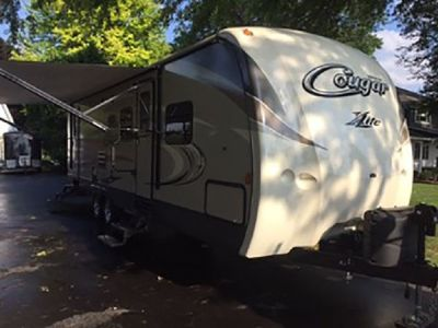 By Owner! 2016 28ft. Keystone Cougar 28 RBS XLITE with Polar Package