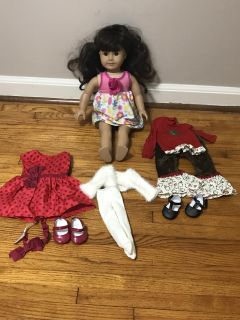 AMERICAN GIRL DOLL, COMES WITH 3 OUTFITS, SCOOTER, CHAIR & A KITCHEN SET