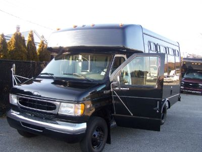 1999 Ford PRIVATE LIMOUSINE BUS E-450 , TURBO DIESEL (Black)
