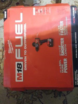 Milwaukee m18 hammer drill/driver set