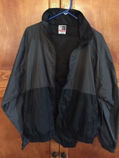 EUC XL Roundtree&Yorke jogging suit. Charcoal and black
