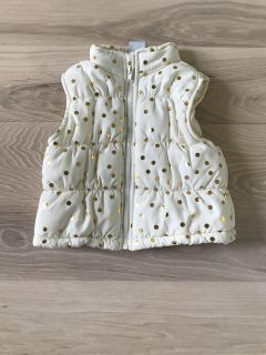 Puffer best with gold polka dots