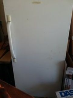 standing commercial freezer