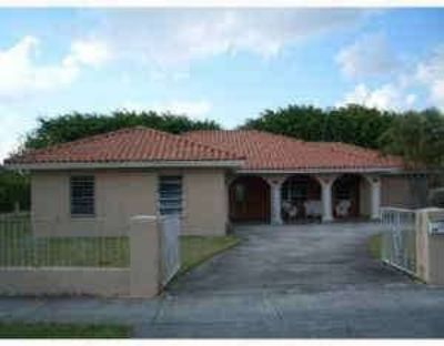 House for Rent in Miami, Florida, Ref# 374274