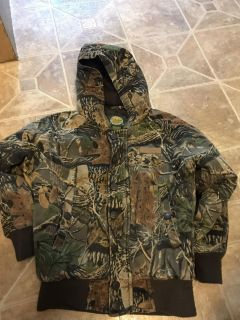 Cabelas Boys Size Small (6- Hunting/Winter Coat