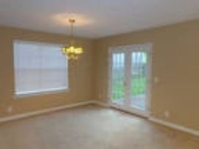 House for rent in Hendersonville. Washer/Dryer Hookups!
