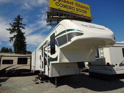 2006 Titanium Glenda 28E33TS Triple Slide Fifth Wheel