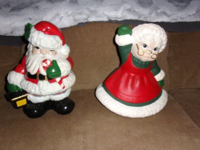 "12"" PORCELAIN Mr & Miss SANTA CLAUS a Classic Christmas Decoration"