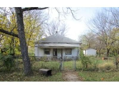 2 Bed 1 Bath Foreclosure Property in Haskell, OK 74436 - North Dakota