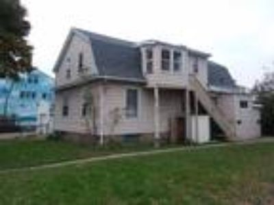 6017 6019 W Burnham St (Occupied), West Allis, WI 53219