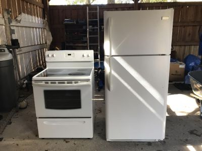 Frigidaire stove & fridge good condition $150 a piece or $250 for both