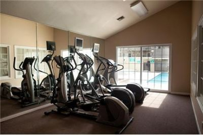 2 bedrooms Apartment - Boasting some of the largest floor plans in the area. Parking Available!