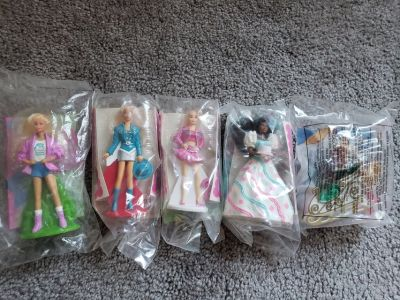 5 Mini Barbie Lot