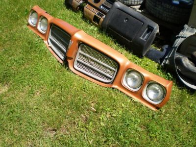 1971 1972 71 72 Pontiac LUXURY Lemans T-37 GT-37 Grill Header Panel GRILLS 455