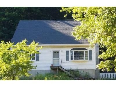2 Bed 1.5 Bath Foreclosure Property in Andover, NH 03216 - Main St