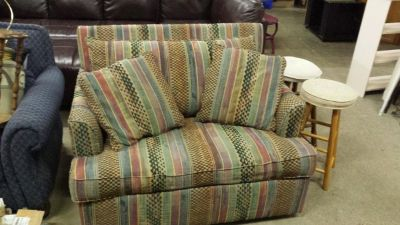 Twin pullout couch