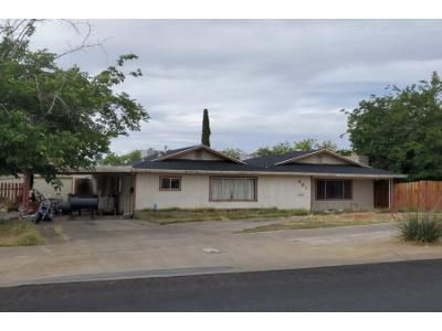 3 Bed 2 Bath Preforeclosure Property in Henderson, NV 89015 - S Water St