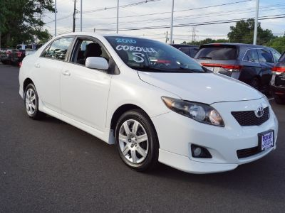 2010 Toyota Corolla Base (White)
